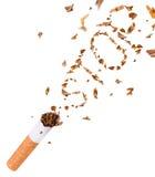 Het breken van sigaret, houdt met op rokend Stock Foto