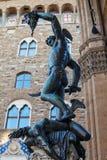 Het bronsstandbeeld van Florence van Perseus met het hoofd royalty-vrije stock foto's