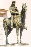 Het bronsstandbeeld van Giuseppe Garibaldi op paard, Genoa Piazza de Ferrari, in het centrum van Genua, Ligurië, Italië [t royalty-vrije stock foto