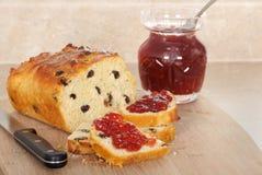 Het Brood en de Jam van de rozijn stock afbeelding