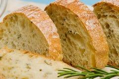 Het brood van Ciabatta met rozemarijn Stock Afbeeldingen