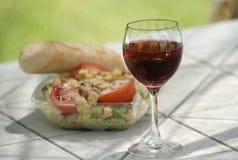 Het Brood van de Salade van de rode wijn stock foto