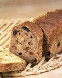 Het brood van het volkorenmeel en van de rozijn royalty-vrije stock foto