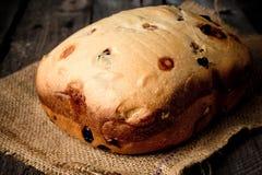 Het brood van Hokkaido van de stroopbalamerikaanse veenbes Stock Fotografie