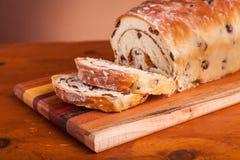Het Brood van kaneelraisen royalty-vrije stock fotografie