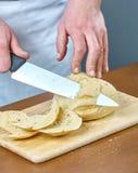 Het brood van kokbesnoeiingen voor het koken gevulde vissen volledige inzameling van culinaire recepten Stock Afbeeldingen