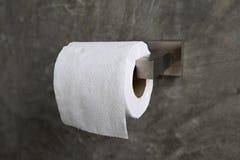 Het broodje van het toiletpapier Stock Afbeelding