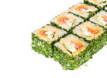 Het broodje van sushi met greens Stock Afbeelding