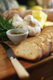 Het broodplakken & rozemarijn 2 van het knoflook Stock Fotografie