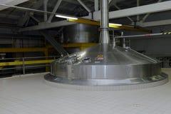 Het brouwen van boilers in Heineken-brouwerij in St. Petersburg, Rusland Stock Foto