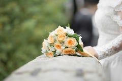 Het bruids boeket van het huwelijk Mooie bloemen stock fotografie