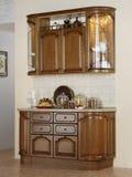 Het buffet van de keuken met oude waren Stock Fotografie