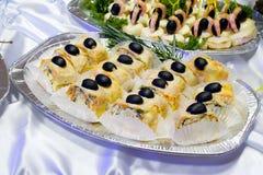 Het buffetstijl van de catering - flacky gebakjebroodjes met o Royalty-vrije Stock Afbeelding