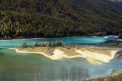 Het buigen van de Baai van de Draak in Kanas Stock Foto's