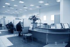Het bureaublauw van de bank Stock Foto