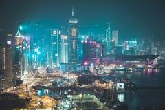 Het bureaugebouwen van Hong Kong bij nacht Royalty-vrije Stock Foto