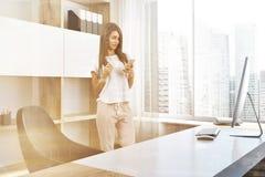 Het bureauhoek van de bedrijfmanager, vrouw Stock Foto's