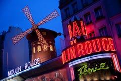 Het cabaret van de Moulinrouge in Parijs Stock Afbeeldingen