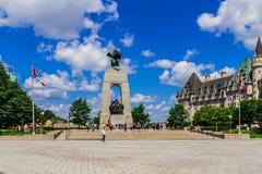 Het Canadese Nationale HerdenkingsStandbeeld van de Oorlog Stock Afbeelding