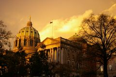 Het Capitool van de staat na een onweer Stock Foto's