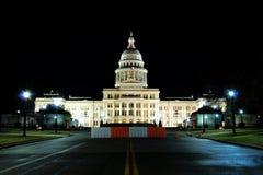 Het Capitool van de Staat van Texas bij nacht stock foto