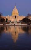 Het Capitool van de V.S. bij nacht. Washington DC Stock Fotografie