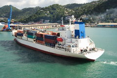 Het Caraïbische Schip van de Container stock foto's