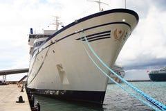 Het Caraïbische Schip van de Cruise stock afbeelding