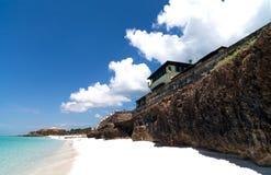 Het Caraïbische strand van Cuba met kustlijn in Varadero Stock Afbeeldingen