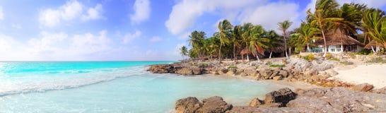Het Caraïbische tropische panoramische strand van Tulum Mexico Royalty-vrije Stock Foto