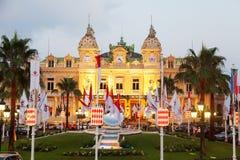 Het casino van Monte Carlo bij schemer Stock Foto