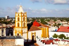 Het Centrum van de de Werelderfenis van Unesco van Camaguey van hierboven Stock Foto's