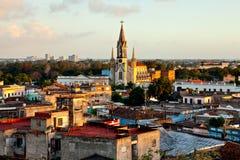 Het Centrum van de de Werelderfenis van Unesco van Camaguey van hierboven Mening van de daken en het Heilige Hart van Jesus Cathe royalty-vrije stock fotografie