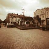 Het centrum van de Kartuzystad Artistiek kijk in uitstekende levendige kleuren Royalty-vrije Stock Foto