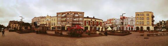 Het centrum van de Kartuzystad Artistiek kijk in uitstekende levendige kleuren Royalty-vrije Stock Foto's