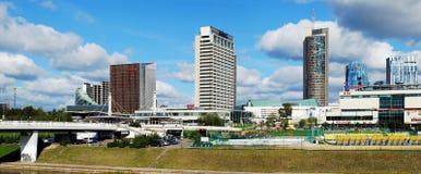 Het centrum van de Vilniusstad met wolkenkrabbers op 24 September, 2014 Royalty-vrije Stock Foto