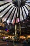 Het centrum van Sony in Potsdamer Platz in Berlijn Stock Afbeeldingen