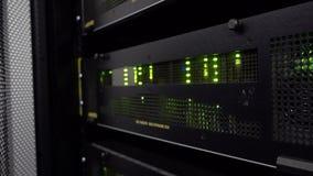 Het centrum van supercomputergegevens De matrijs van het kadermultiframe stock videobeelden