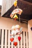 het ceramische de pop van het engelenmeisje mobiele hangen stock foto's