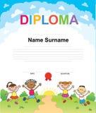 Het certificaat van het achtergrond jonge geitjesdiploma ontwerpmalplaatje Stock Foto's