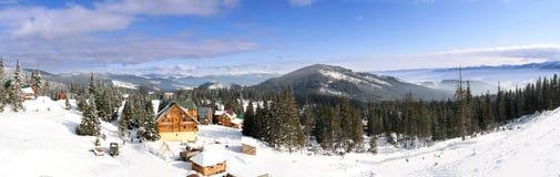 Het chalet van de ski royalty-vrije stock afbeeldingen