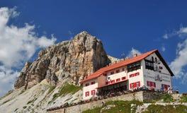 Het chalet van Locatelli, de Bergen van het Dolomiet Stock Fotografie