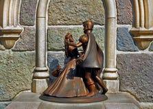 Het charmeren van Cinderella en van de prins Stock Afbeeldingen