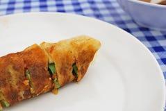 Het Chinese broodje van de stijl vegetarische lente of omfloerst Royalty-vrije Stock Afbeelding