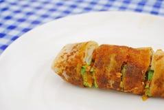 Het Chinese broodje van de stijl vegetarische lente of omfloerst Stock Afbeelding