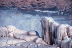 Het Chinese Hukou-Waterval bevriezen in de winter Stock Fotografie