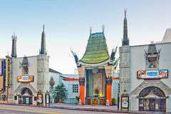 Het Chinese Theater van Grauman op Boulevard Hollywood Stock Foto's