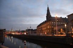 Het Christiansborg Deense parlement die Kopenhagen Denemarken bouwen royalty-vrije stock afbeelding