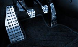 Het chroompedalen van de sportwagen Stock Afbeeldingen