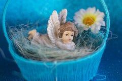 Het cijfer van een rustende engel stock afbeeldingen